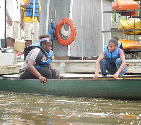 girls-adventure-boating